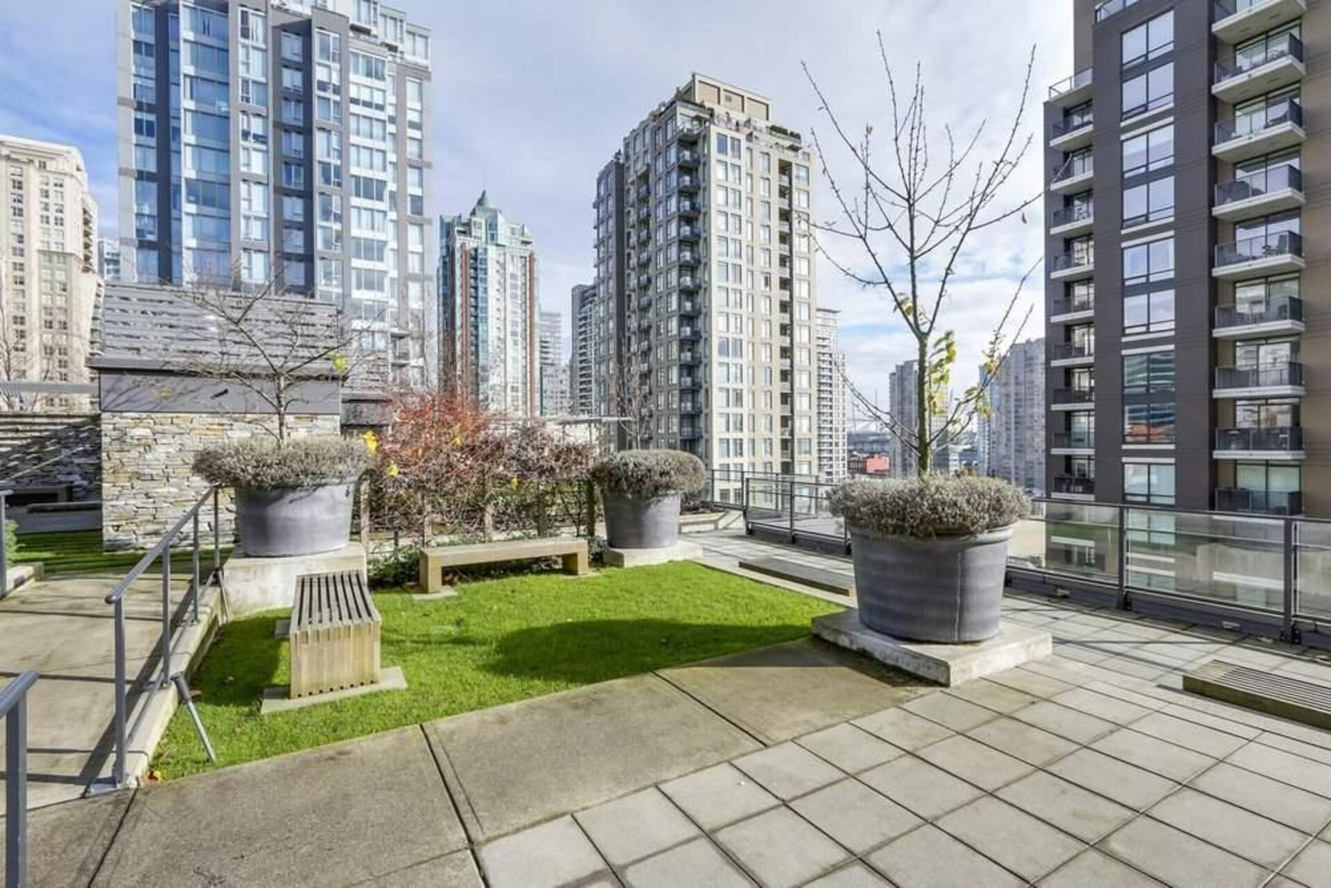 at 1701 - 1088 Richards, Yaletown, Vancouver West