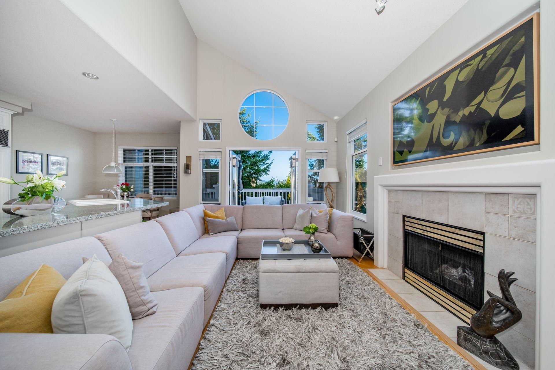 Family Room at 10 - 5130 Ashfeild Road, Upper Caulfeild, West Vancouver