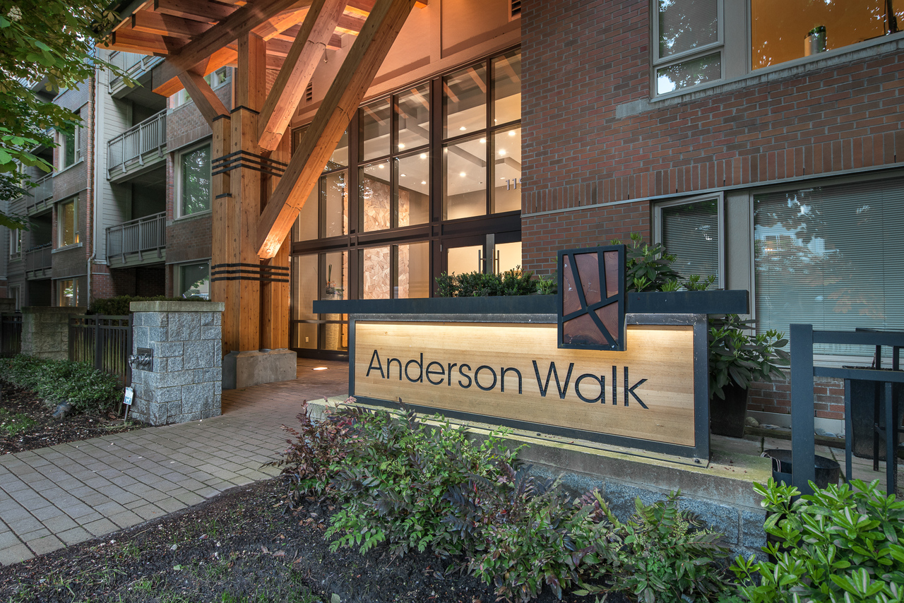 Entrance at 217 - 119 22nd, Central Lonsdale, North Vancouver