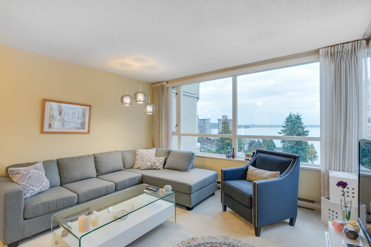 daytime-view-2 at 802 - 2203 Bellevue, Dundarave, West Vancouver
