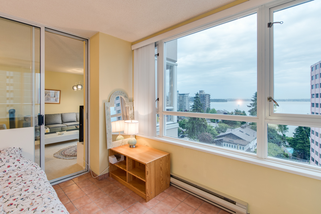 daytime-view-3 at 802 - 2203 Bellevue, Dundarave, West Vancouver