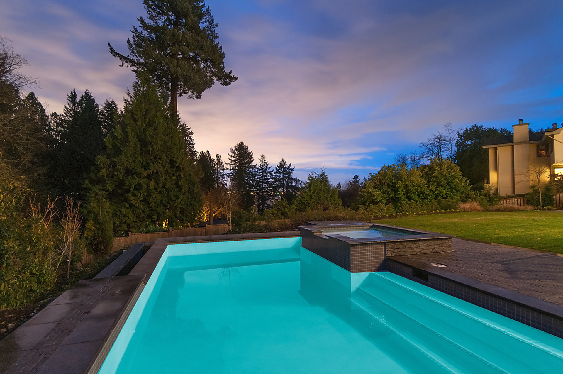 pool at 4710 Piccadilly South, Olde Caulfeild, West Vancouver