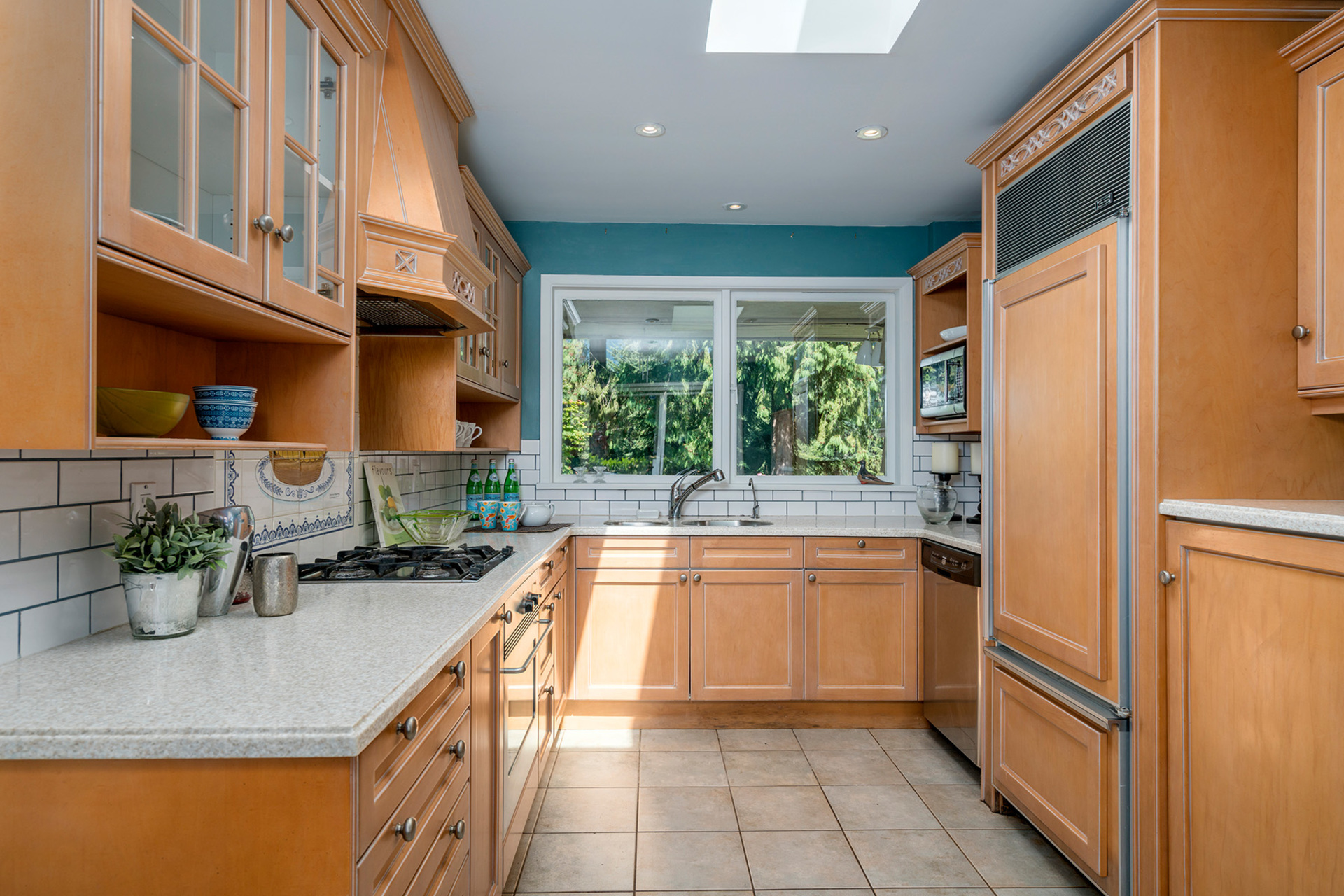 kitchen at 368 St. James, British Properties, West Vancouver