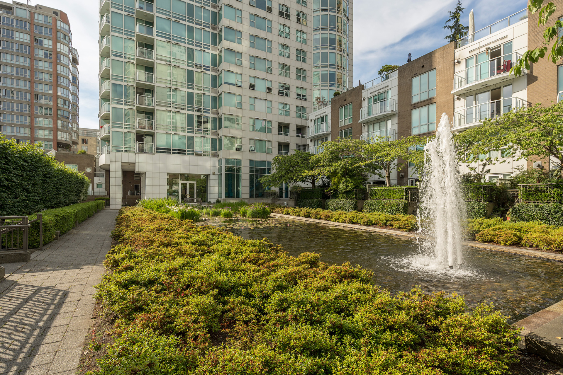 last at 1508 - 1500 Hornby Street, Beach Avenue, Vancouver West