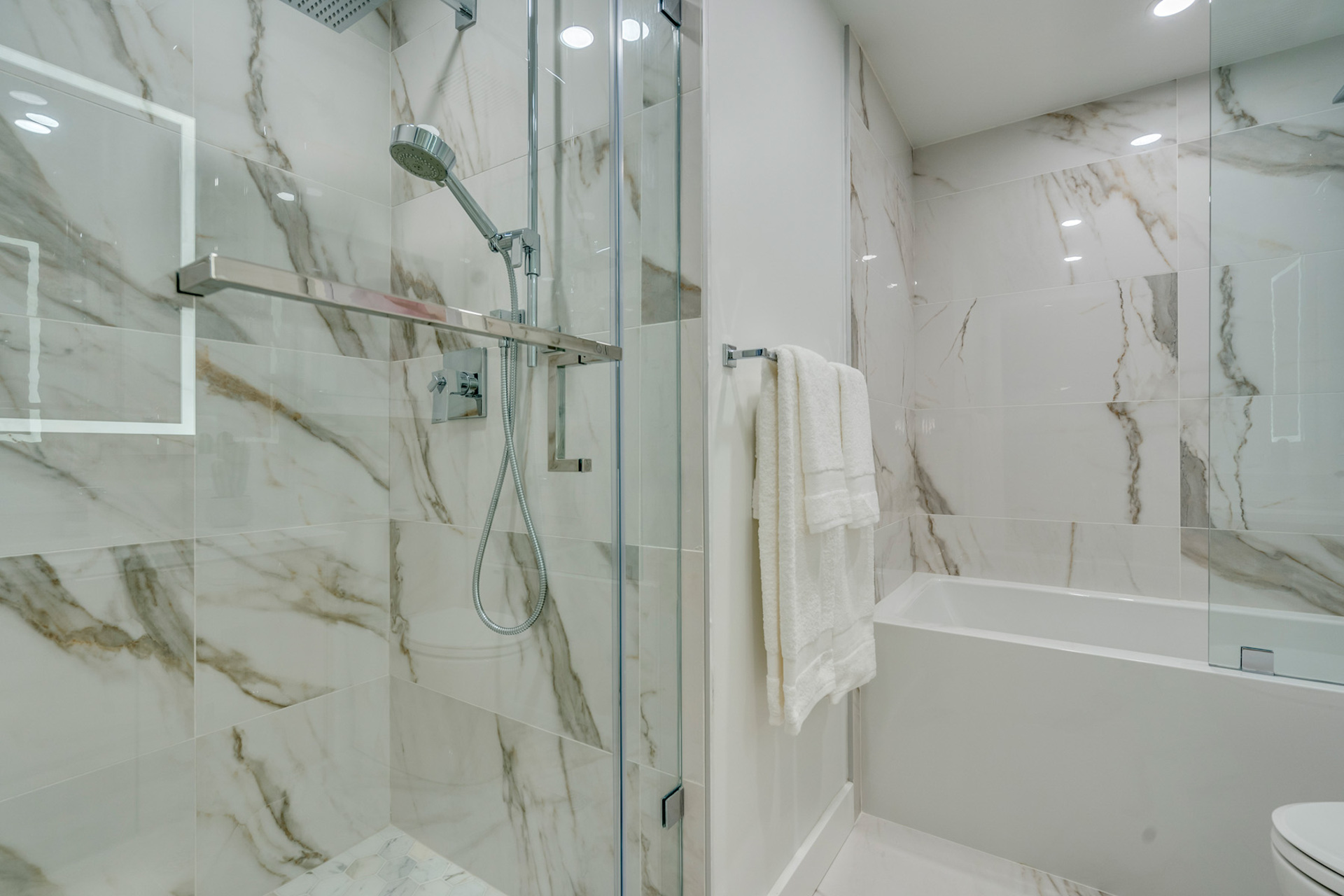 master-ensuite at 1508 - 1500 Hornby Street, Beach Avenue, Vancouver West