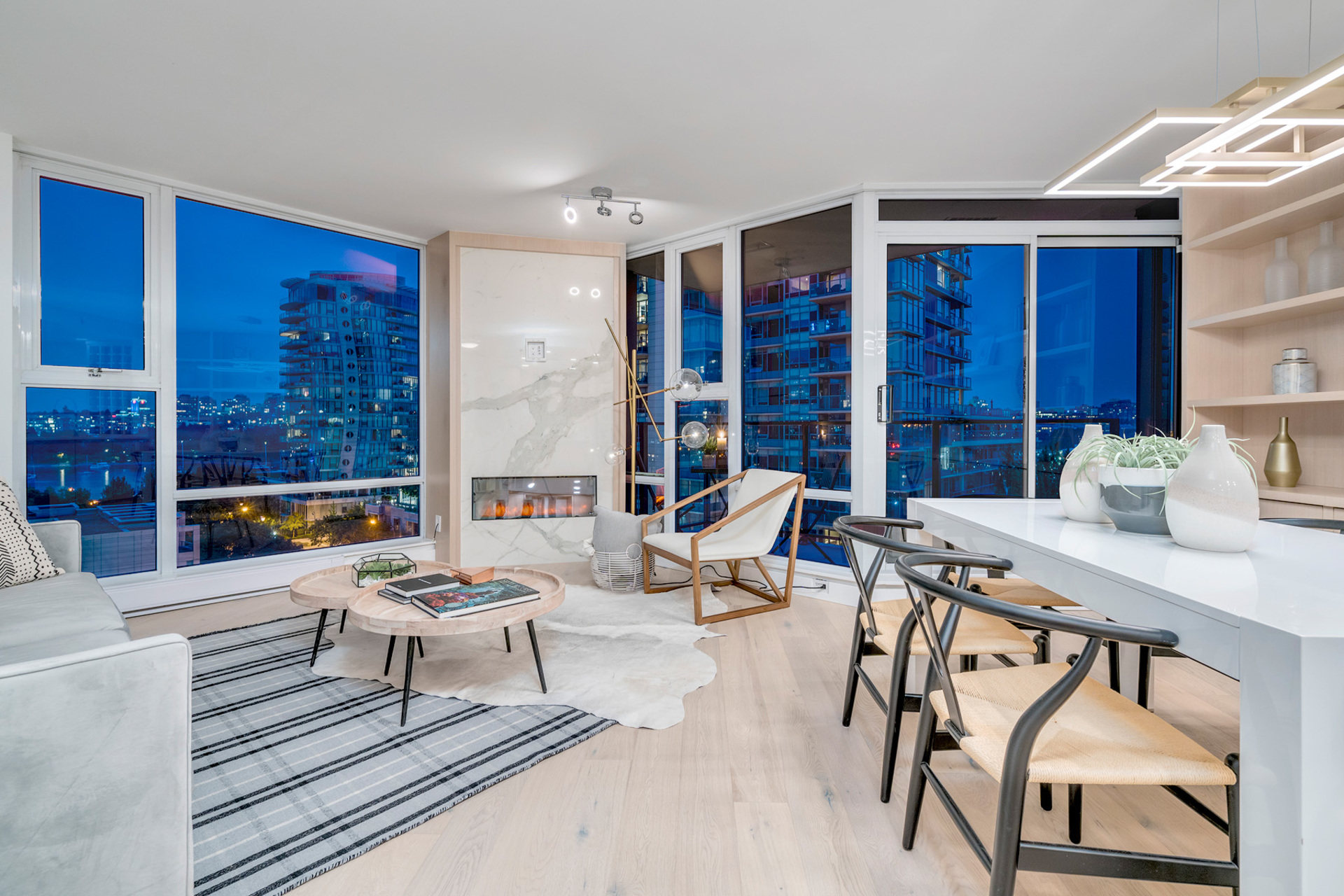 1 at 702 - 455 Beach, Yaletown, Vancouver West