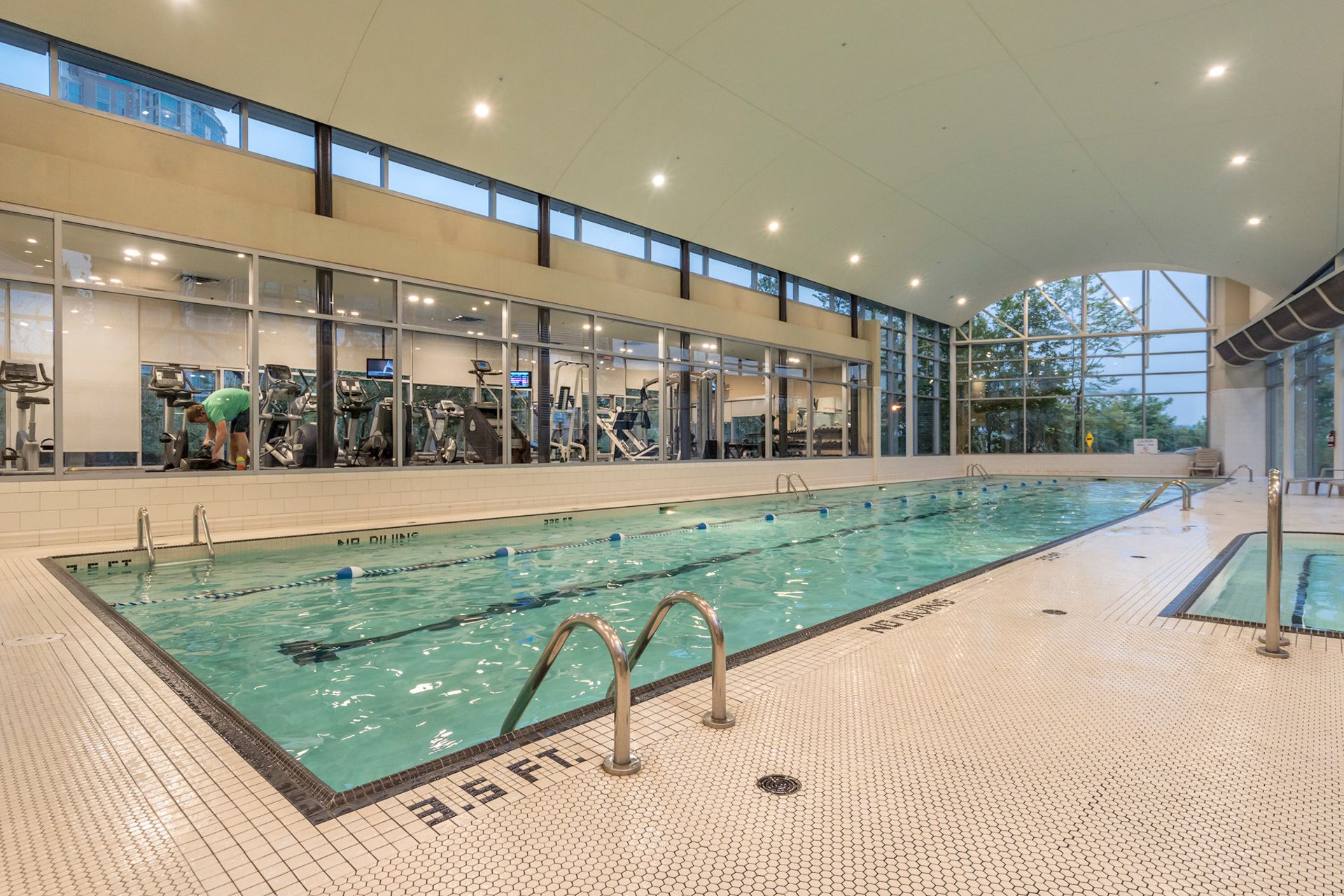 19 at 702 - 455 Beach, Yaletown, Vancouver West
