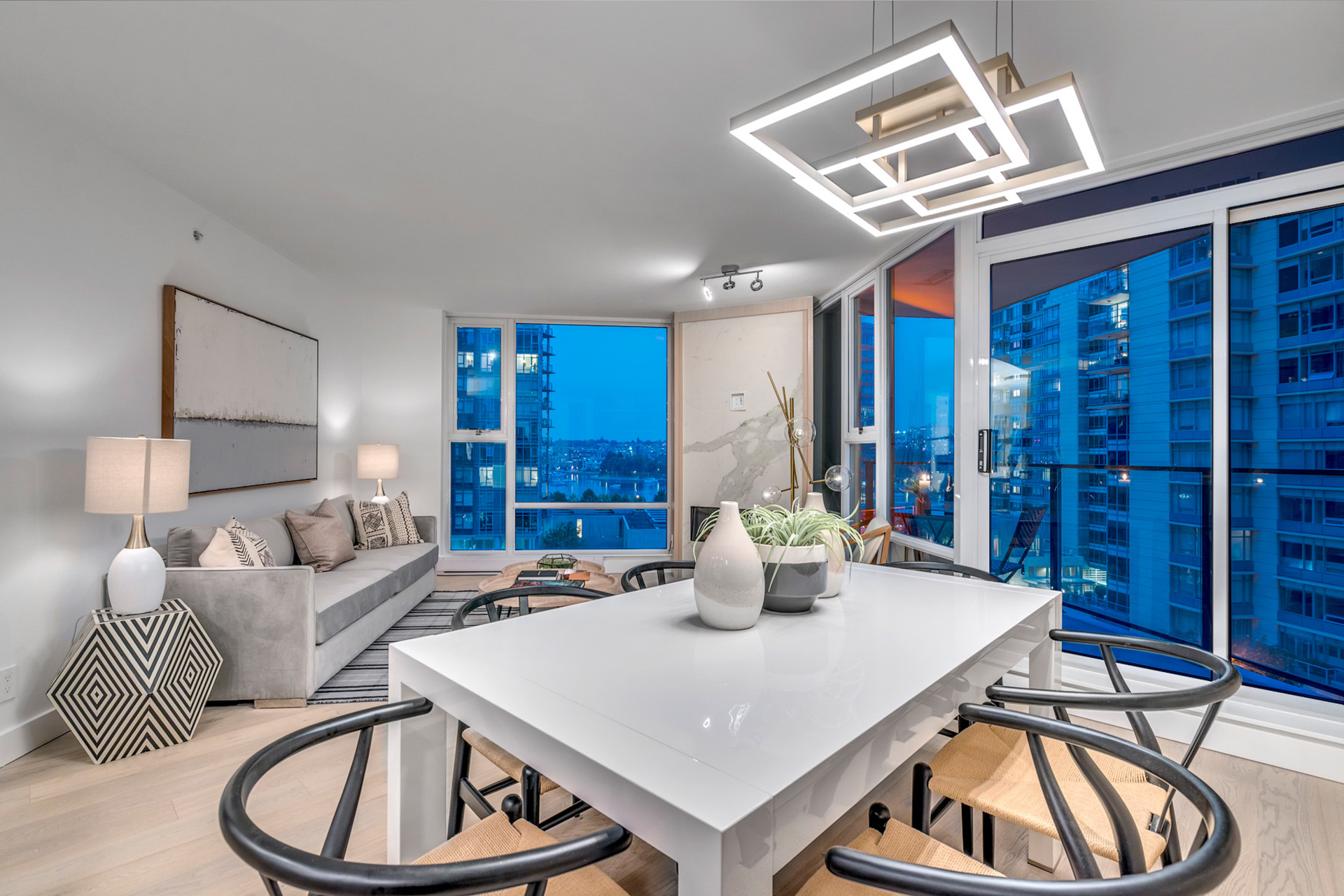 3 at 702 - 455 Beach, Yaletown, Vancouver West