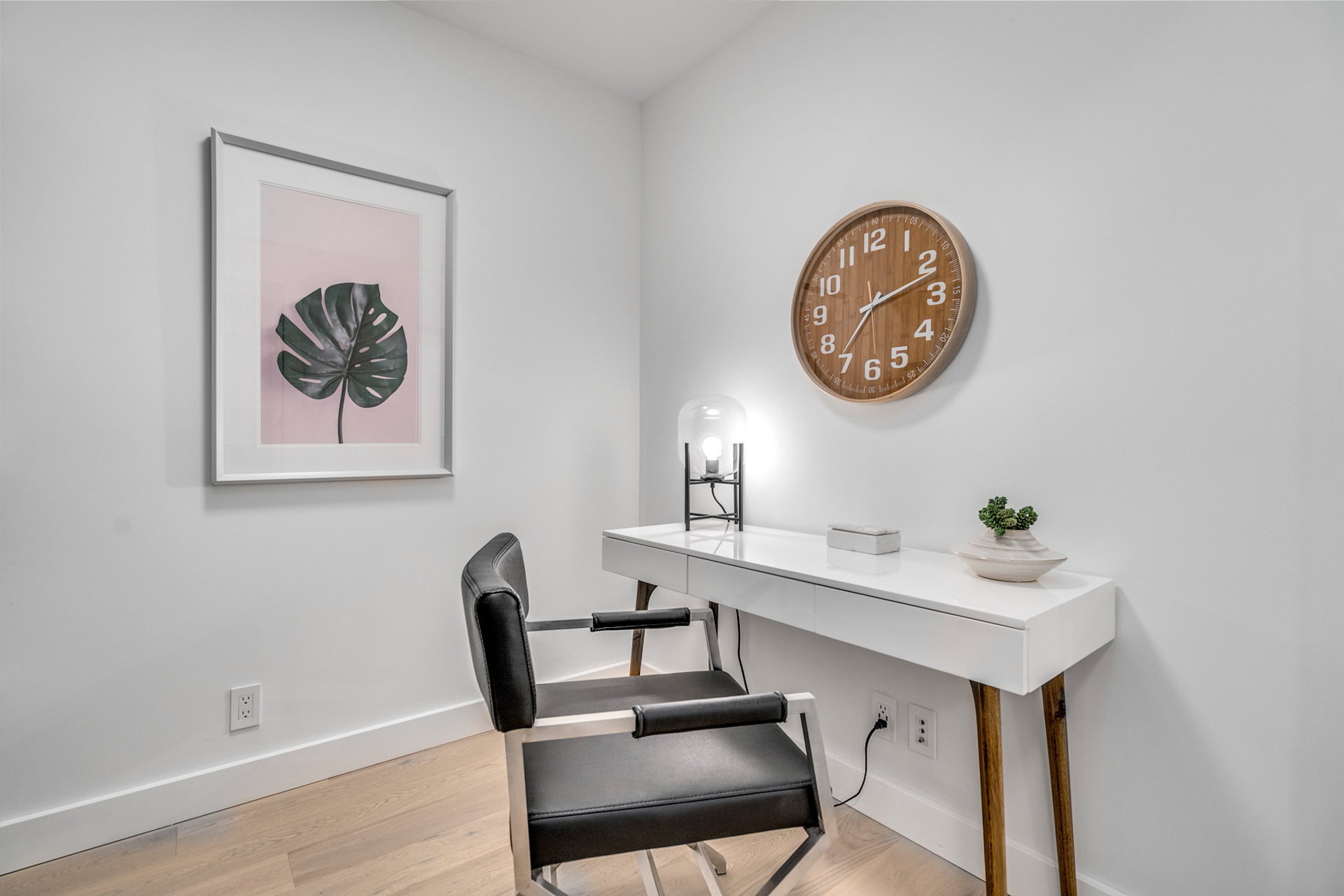 8 at 702 - 455 Beach, Yaletown, Vancouver West