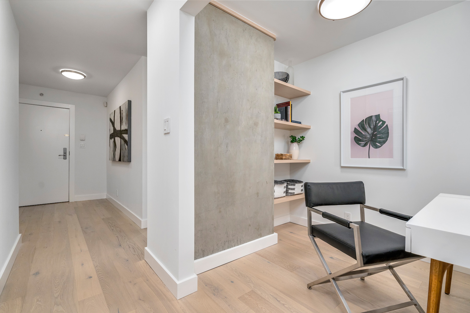 85 at 702 - 455 Beach, Yaletown, Vancouver West