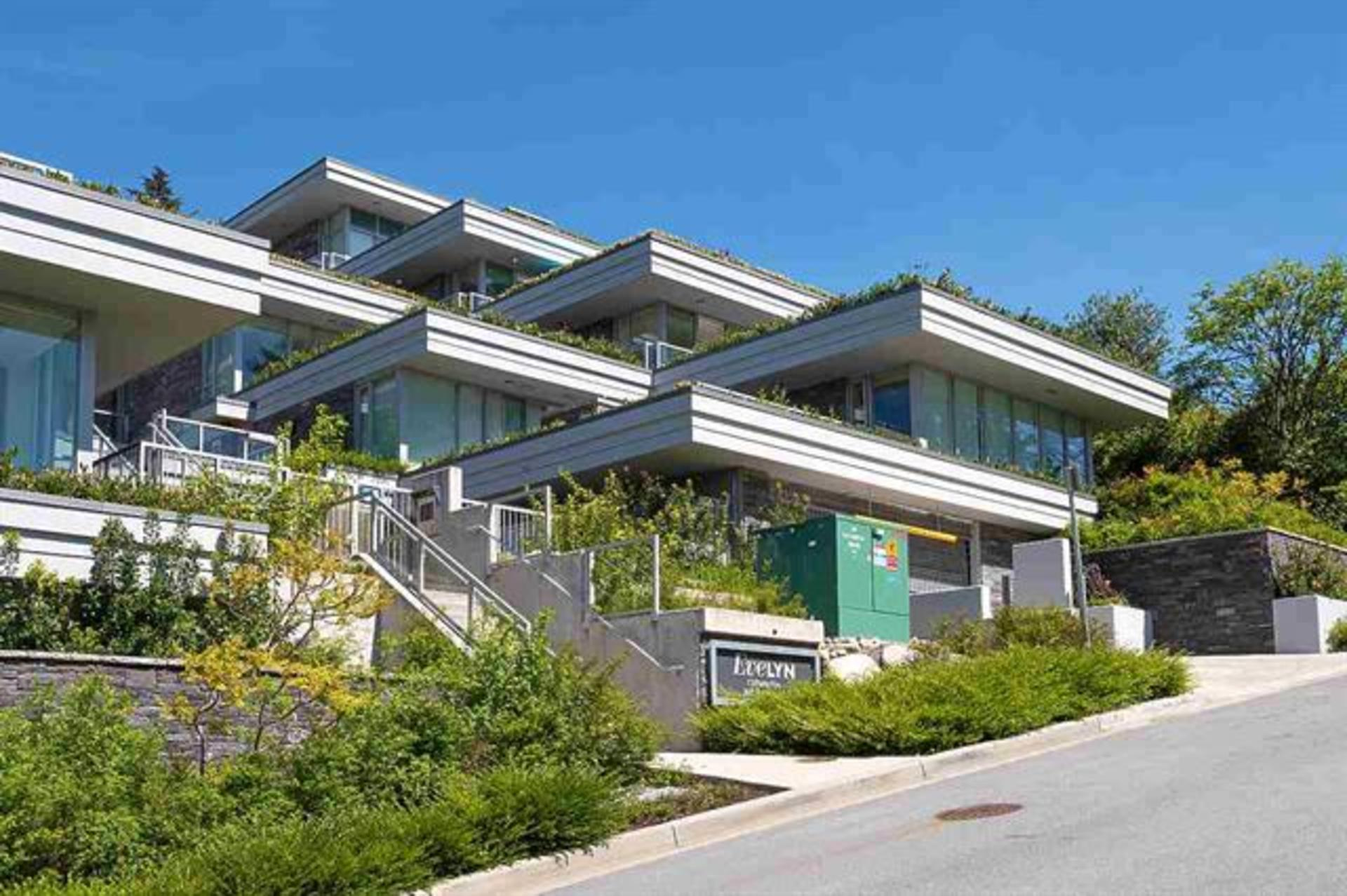 702 - 870 Keith Road, Park Royal, West Vancouver