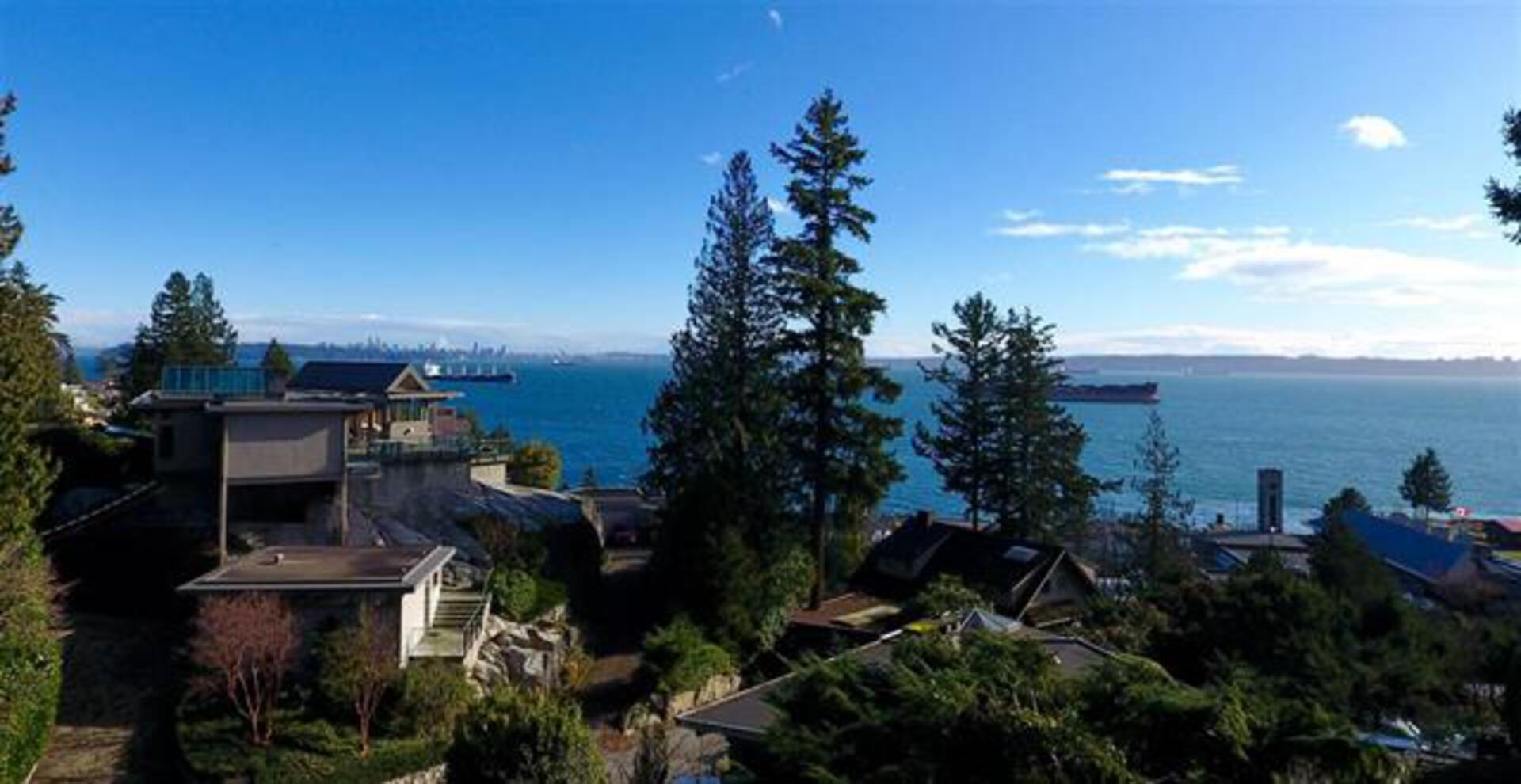 B - 4170 Rose Crescent, Sandy Cove, West Vancouver