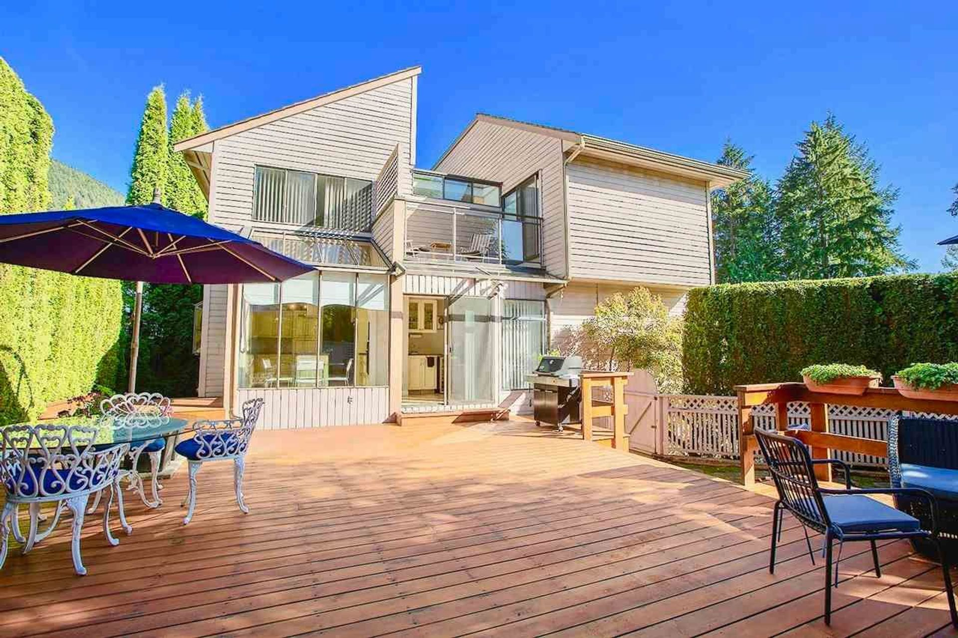 5760 Grousewoods Crescent, Grouse Woods, North Vancouver