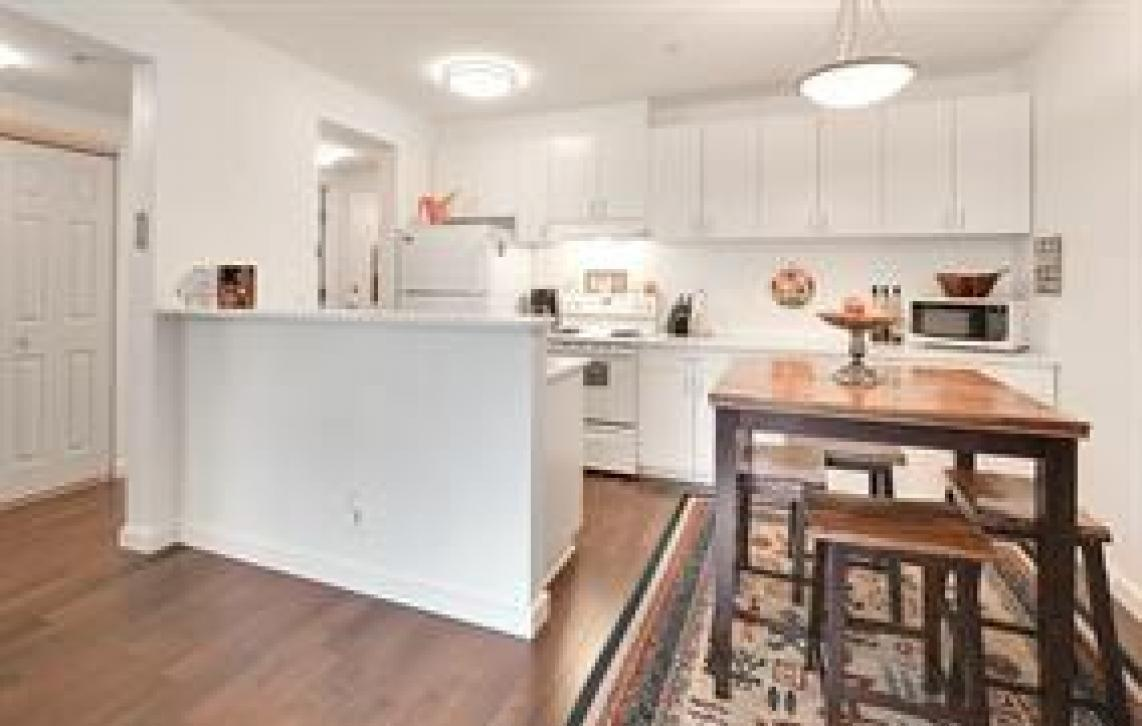 109 - 1033 St Georges Street, North Vancouver