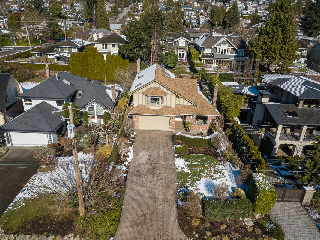 Aerial View-front at 2383 Jefferson Avenue, Dundarave, West Vancouver