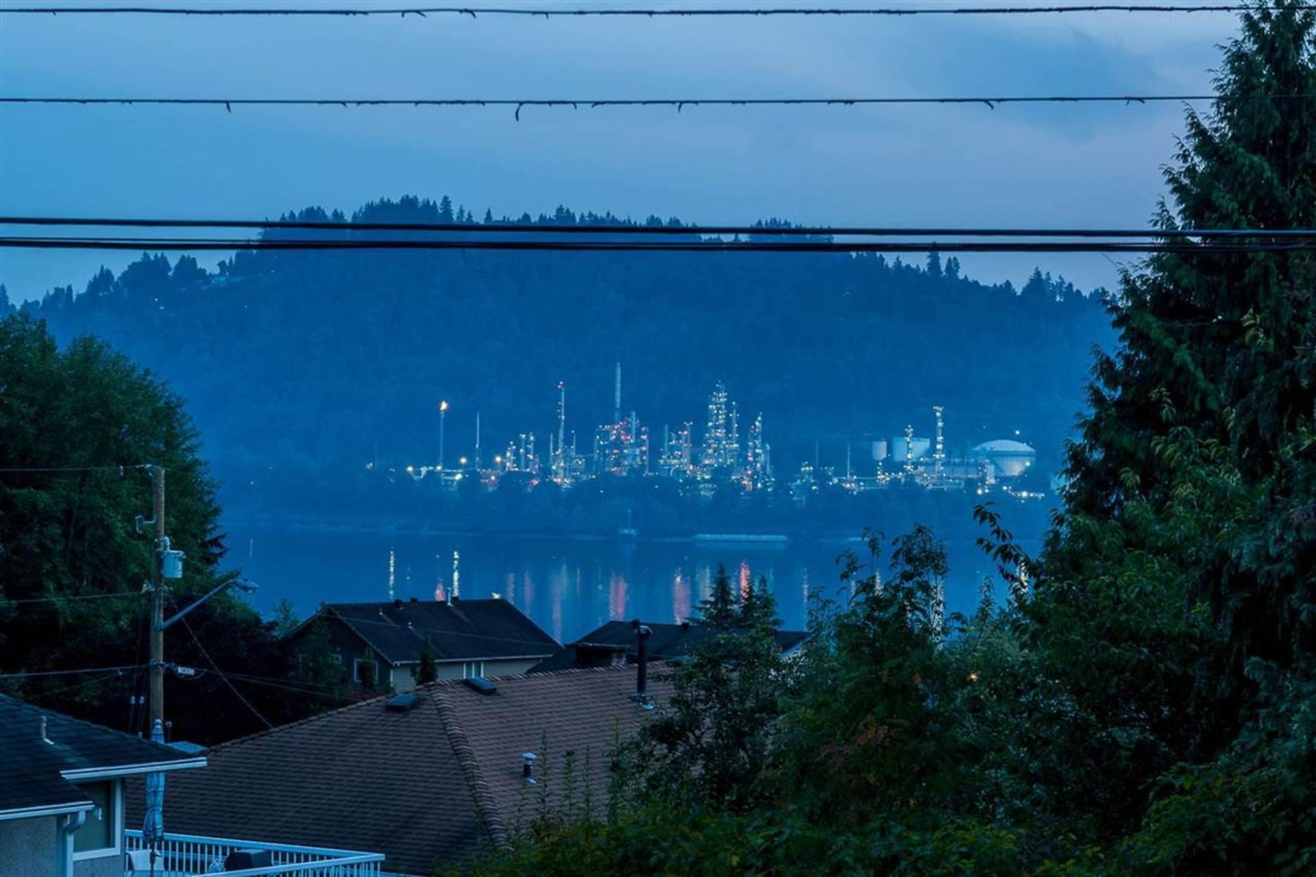 988-hartford-place-windsor-park-nv-north-vancouver-19 at 988 Hartford Place, Windsor Park NV, North Vancouver
