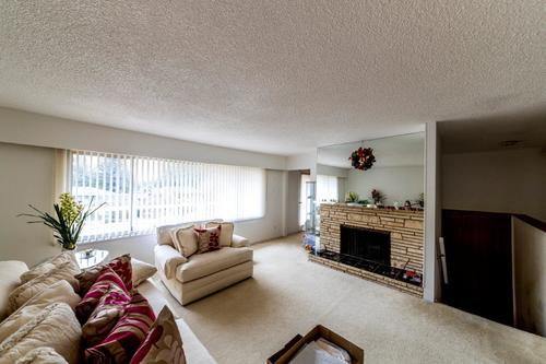 living-room at 1036 Clements, Canyon Heights NV, North Vancouver