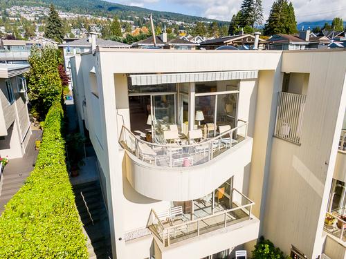 2339-bellevue-avenue-west-vancouver-61 at 2339 Bellevue Avenue, Dundarave, West Vancouver