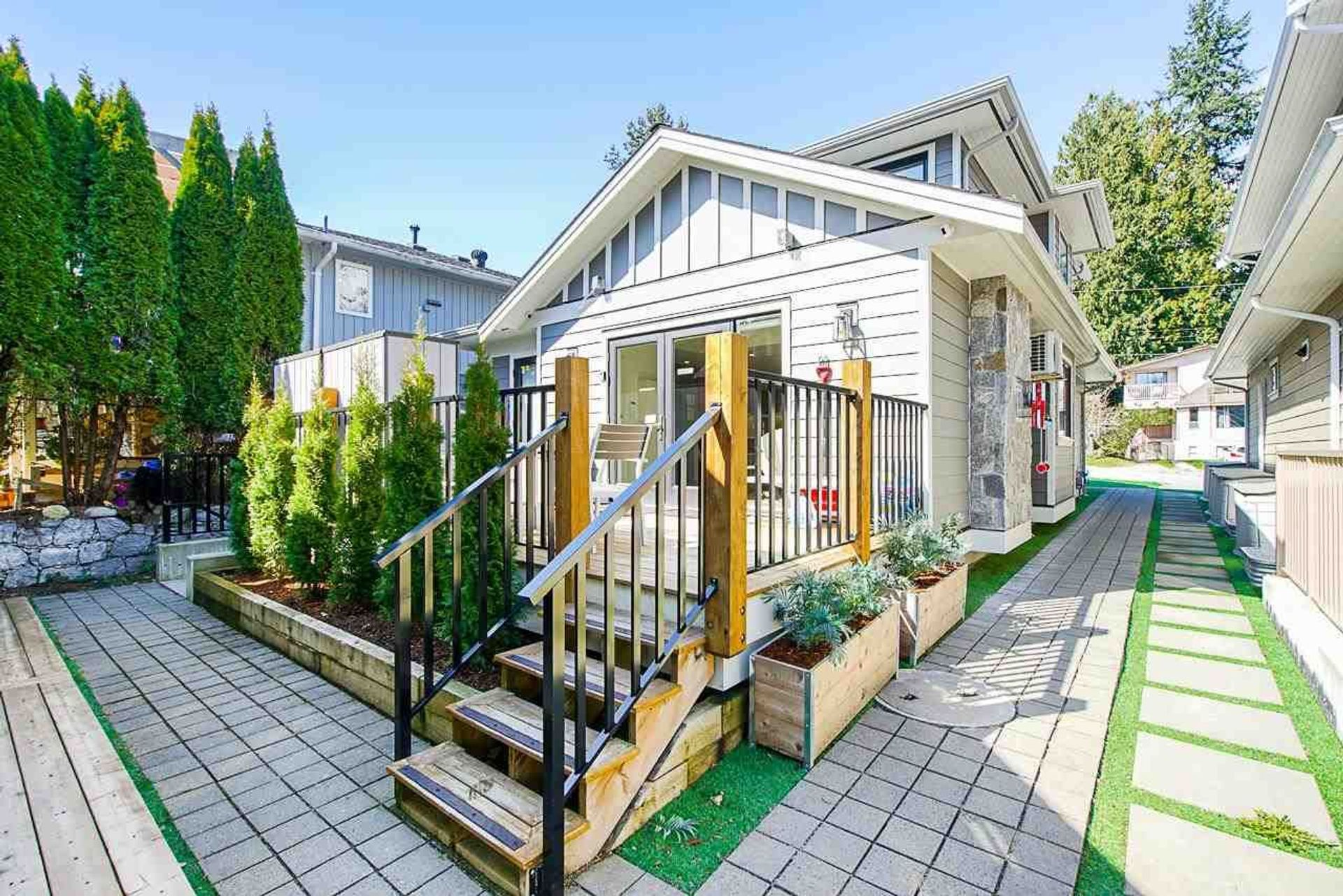 661-e-22nd-street-boulevard-north-vancouver-36 at 661 E 22nd Street, Boulevard, North Vancouver