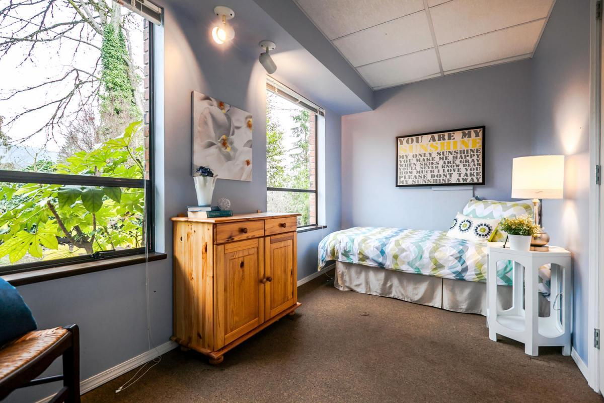 422-Felton-Pl-North-Vancouver-large-021-25-Bedroom-1500x1000-72dpi at 422 Felton, North Vancouver