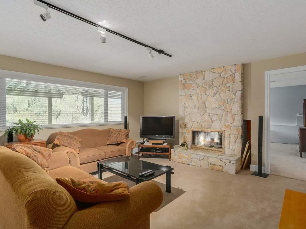 image-262056409-19.jpg at 3343 Calder Avenue, Upper Lonsdale, North Vancouver
