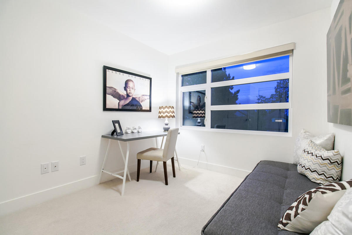 Office/ Bedroom at 1 - 254 E 19th, Central Lonsdale, North Vancouver