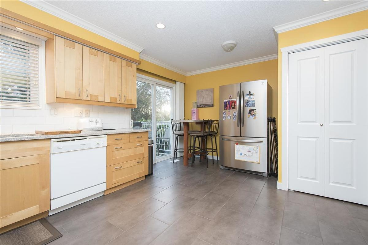 10.jpg at 1533 Burrill , ,, Lynn Valley, North Vancouver