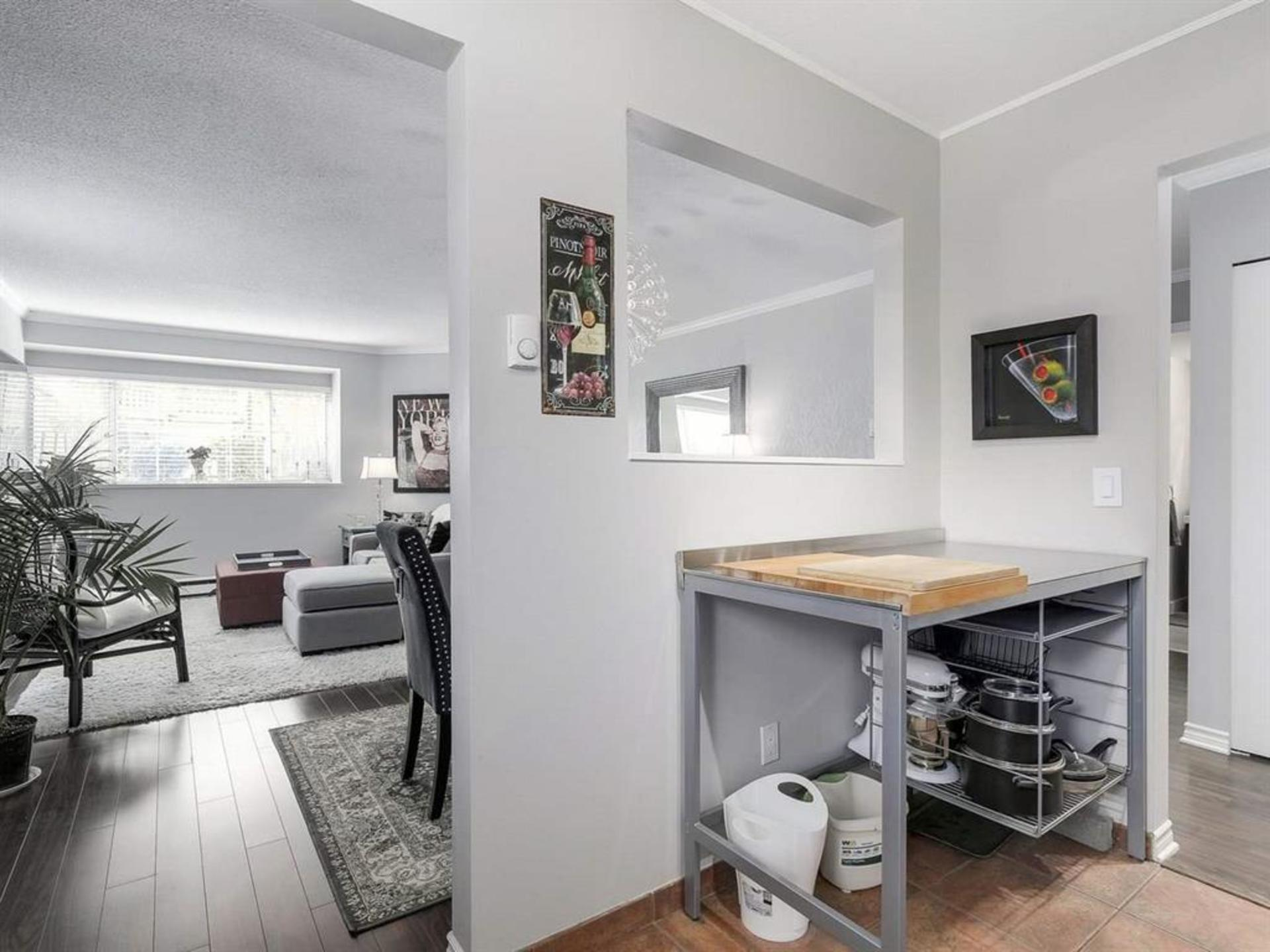 kitchen nook area at 108 - 1386 73, Marpole, Vancouver West