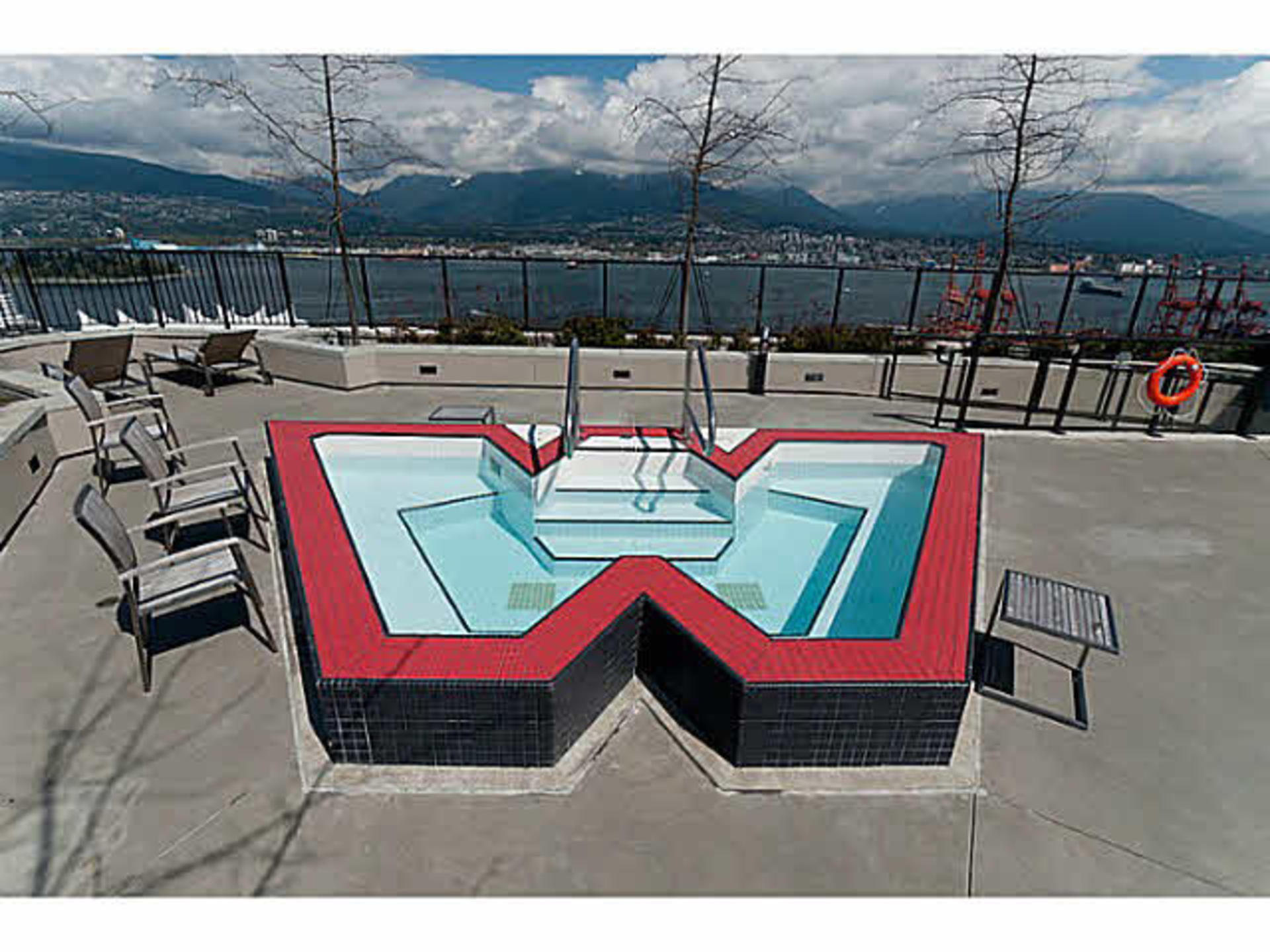 Hot tub anyone? at 1906 - 108 West Cordova, Downtown VW, Vancouver West