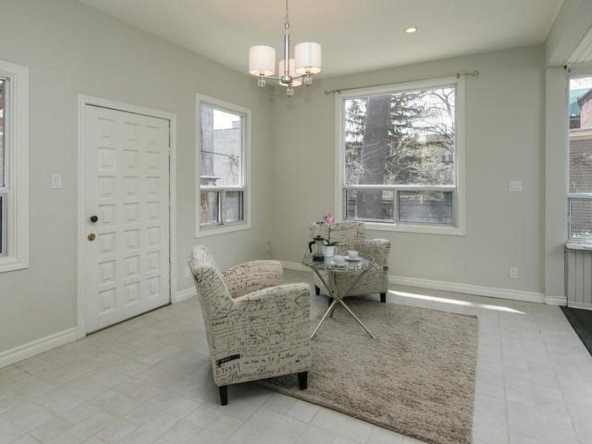 E3493852_11 at  Grand 3 Storey Home On Simpson Avenue, North Riverdale, Toronto