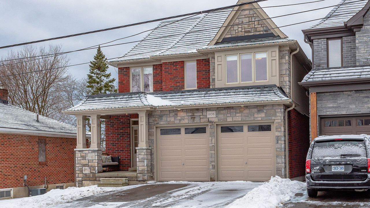 1920x1080-virtual-tour-62237-photo-15486125146581 at 1108 Centre Street South, Whitby