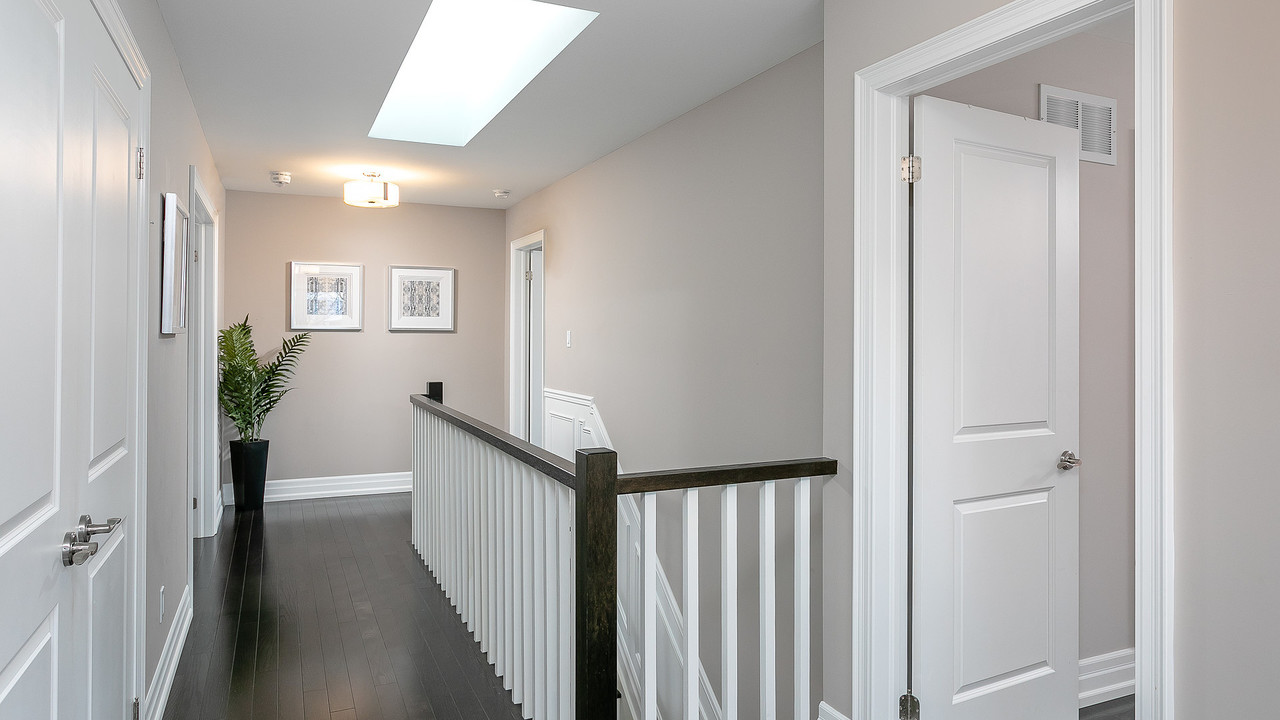 upper-hallway at 1108 Centre Street South, Whitby