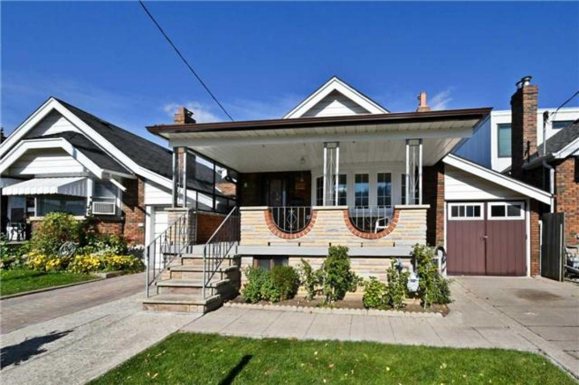 266 Westwood Avenue, East End-Danforth, Toronto