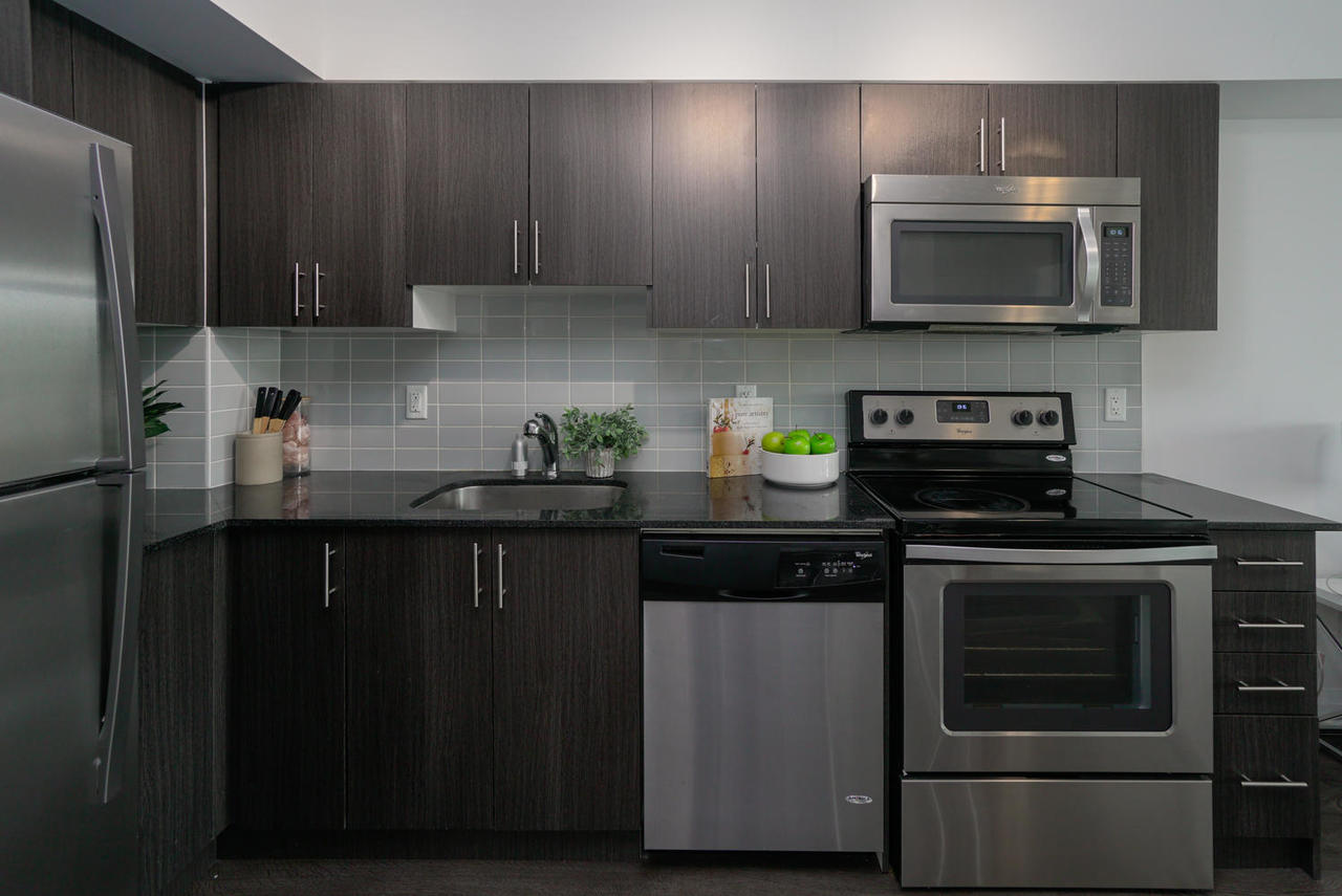 3520-danforth-ave-unit-506-large-009-020-kitchen-1498x1000-72dpi at 410 - 3520 Danforth Avenue, Birchcliffe-Cliffside, Toronto