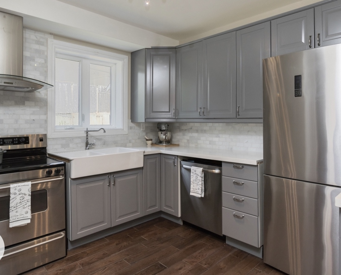 modern kitchen at 185 Blantyre Avenue, Birchcliffe-Cliffside, Toronto