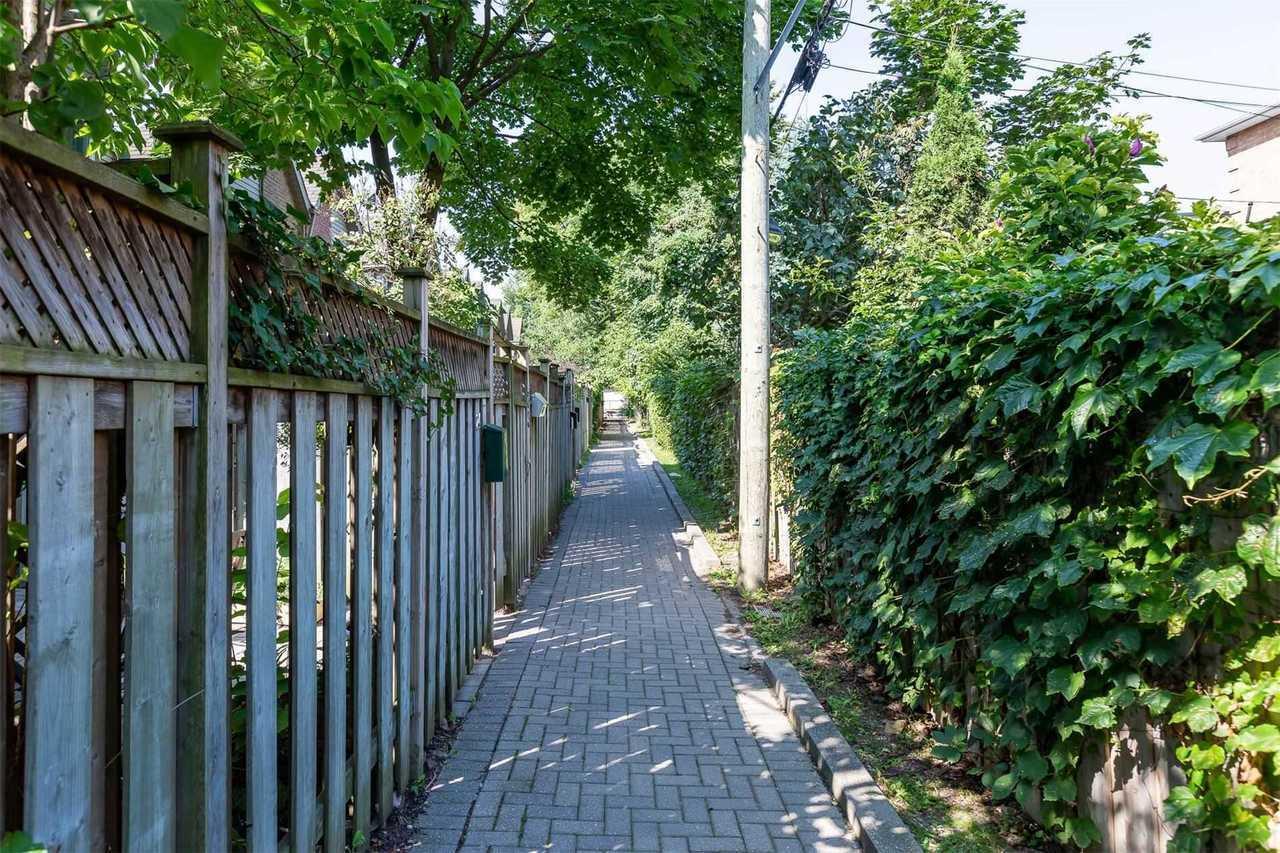 50-battenberg-ave-woodbine-corridor-toronto-18 at 21 - 50 Battenberg Avenue, Woodbine Corridor, Toronto