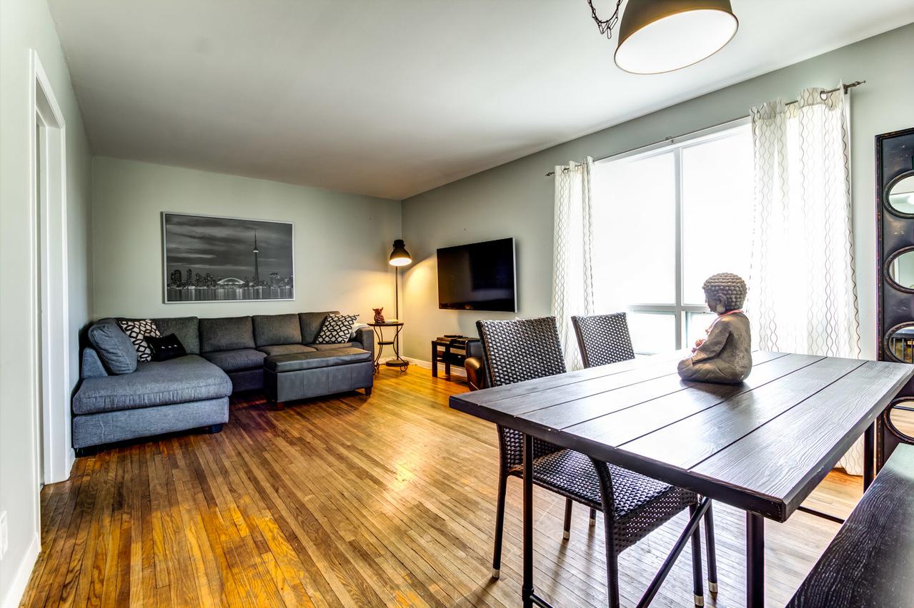 Living & Dining at 1415 Colmar Avenue, Bay Ridges, Pickering