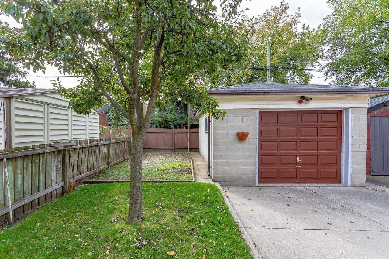 79-harris-ave-east-end-danforth-toronto-19 at 79 Harris Avenue, East End-Danforth, Toronto