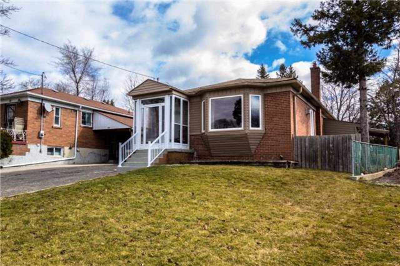 E3715483 at 17 Belyea Crescent, Bendale, Toronto