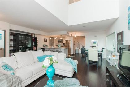 262162088-1 at TH4 - 168 E Esplanade, Lower Lonsdale, North Vancouver