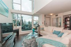 262162088 at TH4 - 168 E Esplanade, Lower Lonsdale, North Vancouver