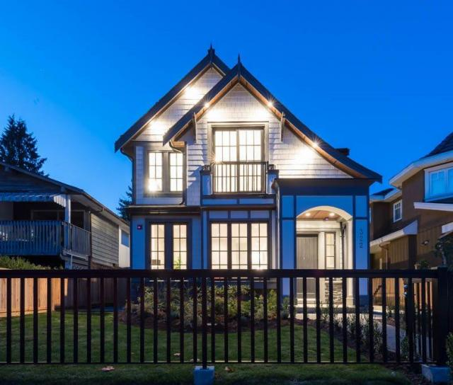 322 E 19th Street, Central Lonsdale, North Vancouver 2