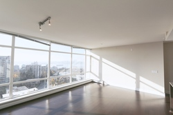 Spacious living room at 1101 - 1320 Chesterfield Avenue, Central Lonsdale, North Vancouver