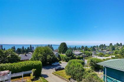 262206135 at 2367 Nelson Avenue, West Vancouver