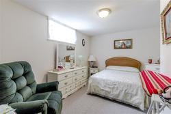 17 at 3835 Kincaid Street, Burnaby Hospital, Burnaby South
