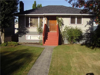 262241304 at 1813 Mahon Avenue, Central Lonsdale, North Vancouver