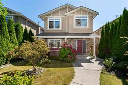262311025 at 2052 Jones Avenue, Central Lonsdale, North Vancouver