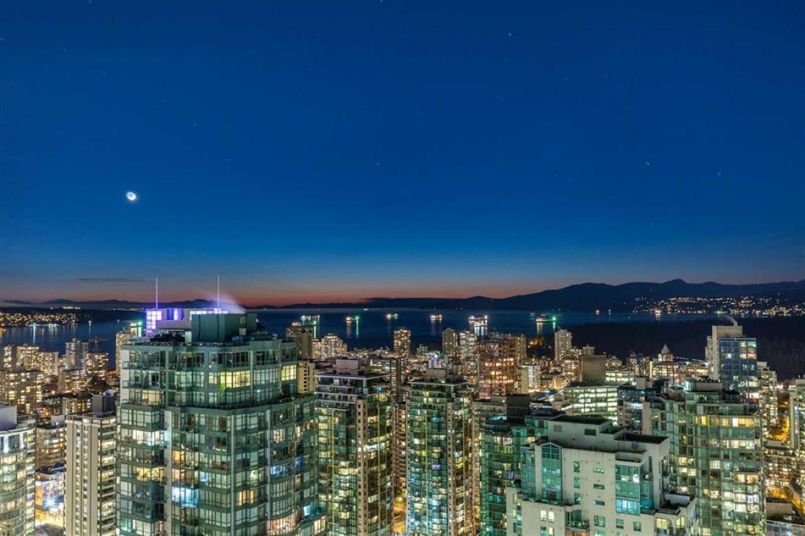 4204 - 1189 Melville Street, Coal Harbour, Vancouver West