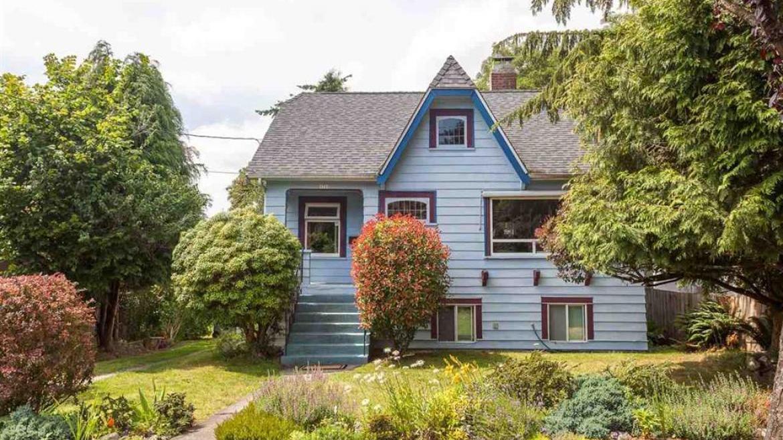 4715 Moss Street, Collingwood VE, Vancouver East