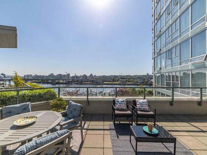262510476-2 at 806 - 1228 Marinaside Crescent, Yaletown, Vancouver West